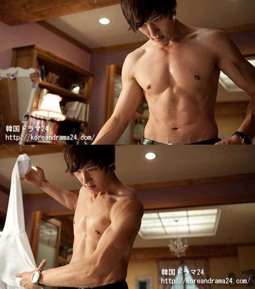 韓国ドラマ放送予定2013下半期'相続者たち(仮題)'で、イミンホと最強ビジュアル兄弟誕生を予告しているチェジンヒョクが披露するセクシーな魅力とは?