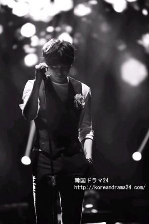 イミンホ歌とダンス!イミンホMy Everythingグローバルツアーin Seoul2013年!初アルバム収録曲、Pieces of loveを歌うイミンホ映像!