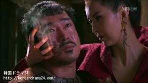 韓国ドラマ シンイ-信義-3話に初登場した火攻の使い手、ファスイン役のシン・ウンジョン