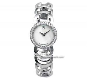シティ-ハンタ-2話 クハラ モバード(MOVADO) 腕時計